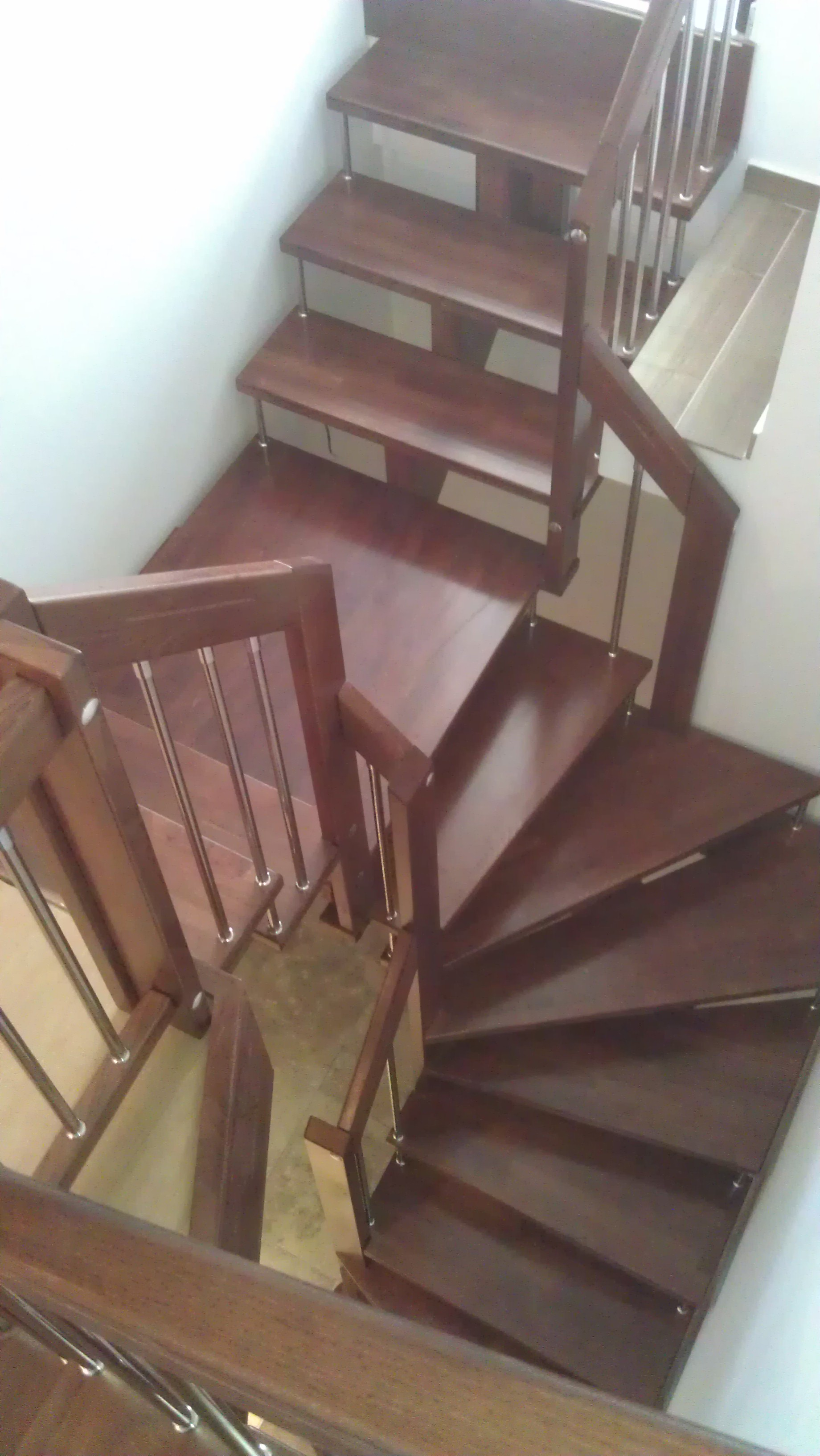 Дървени стълби-ПРОЕКТ-54