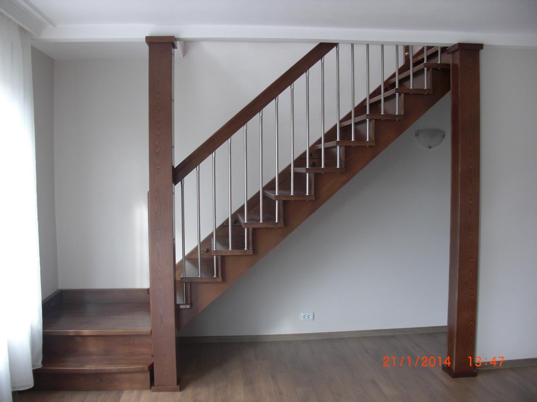 """Интериорни дървени стълби-ПРОЕКТ-56 """"Г """" образна"""