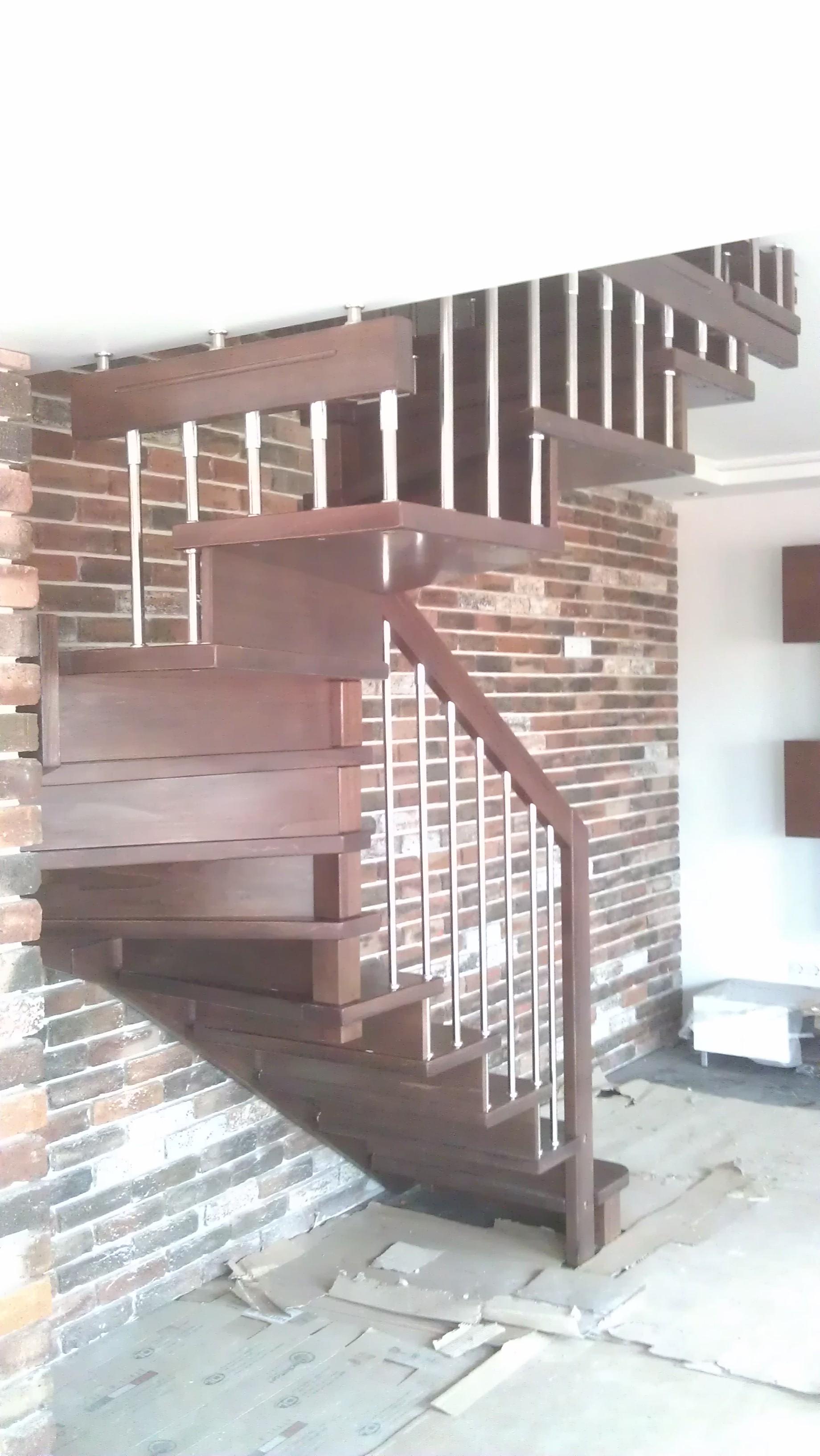 Интериорни дървени стълби-ПРОЕКТ-63-2