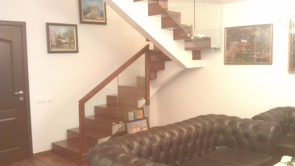 Интериорни стълби-ПРОЕКТ-73