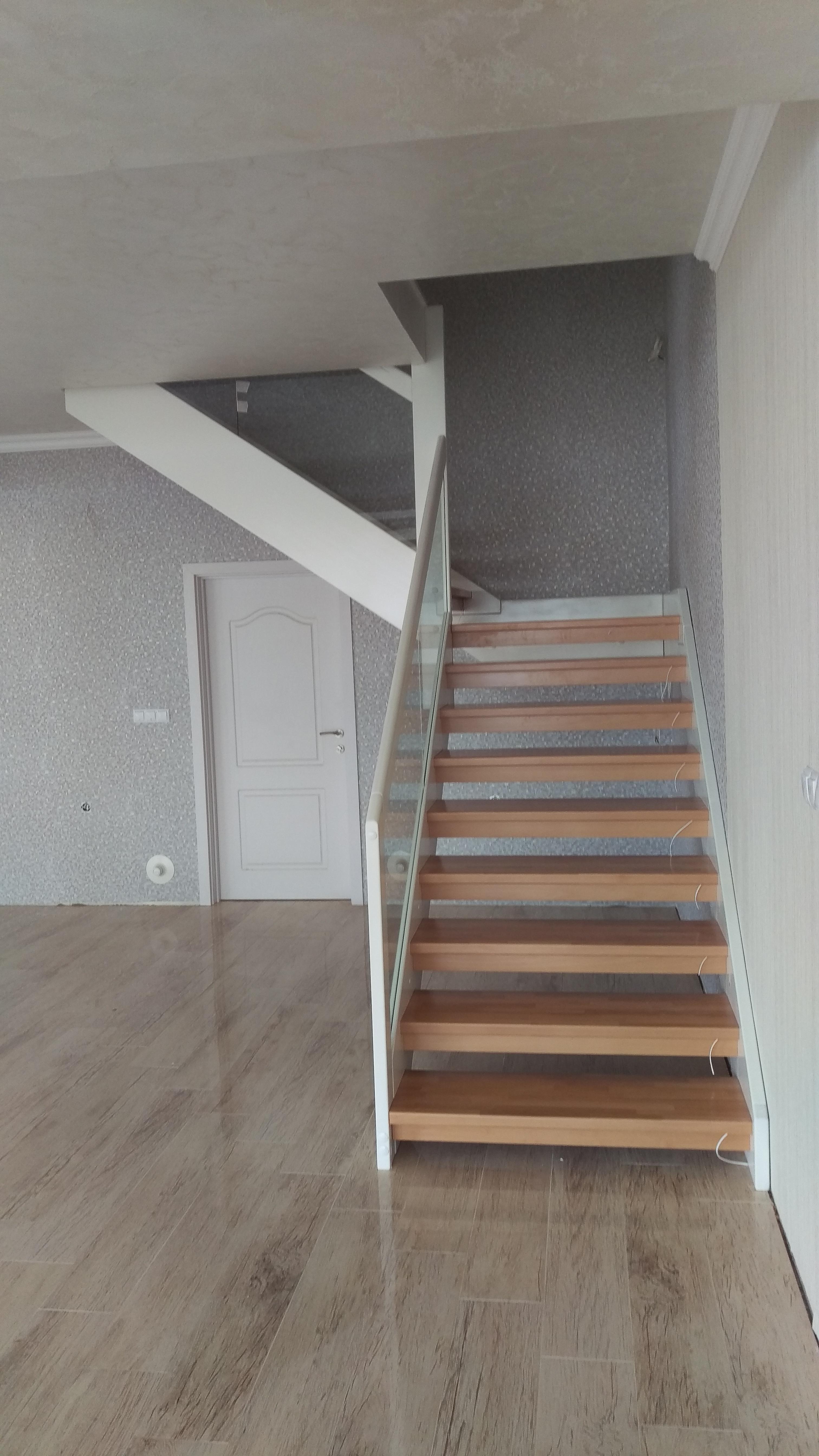 Интериорни дървени стълби-ПРОЕКТ-91-2