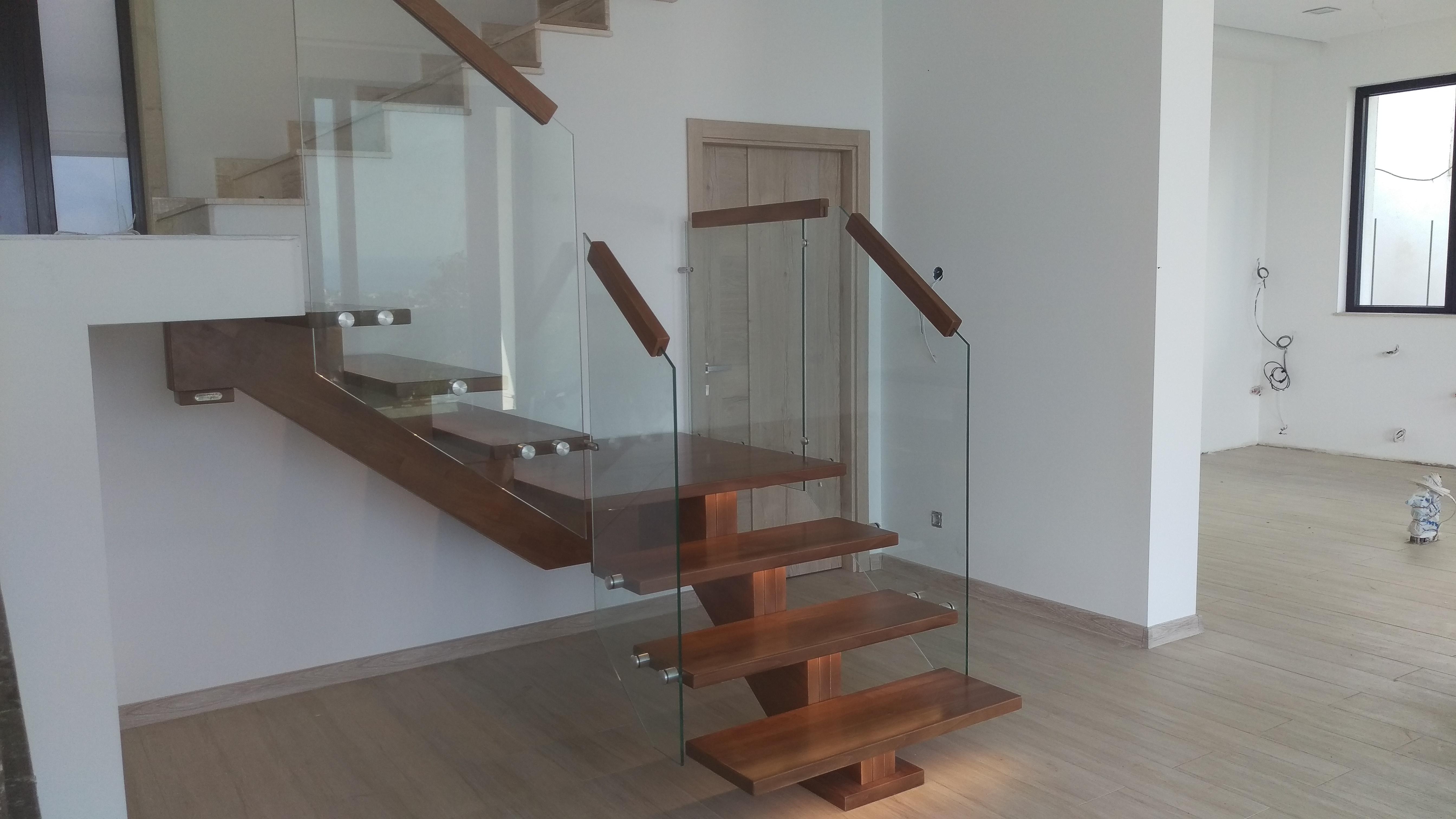 Интериорни дървени стълби-ПРОЕКТ-92-2