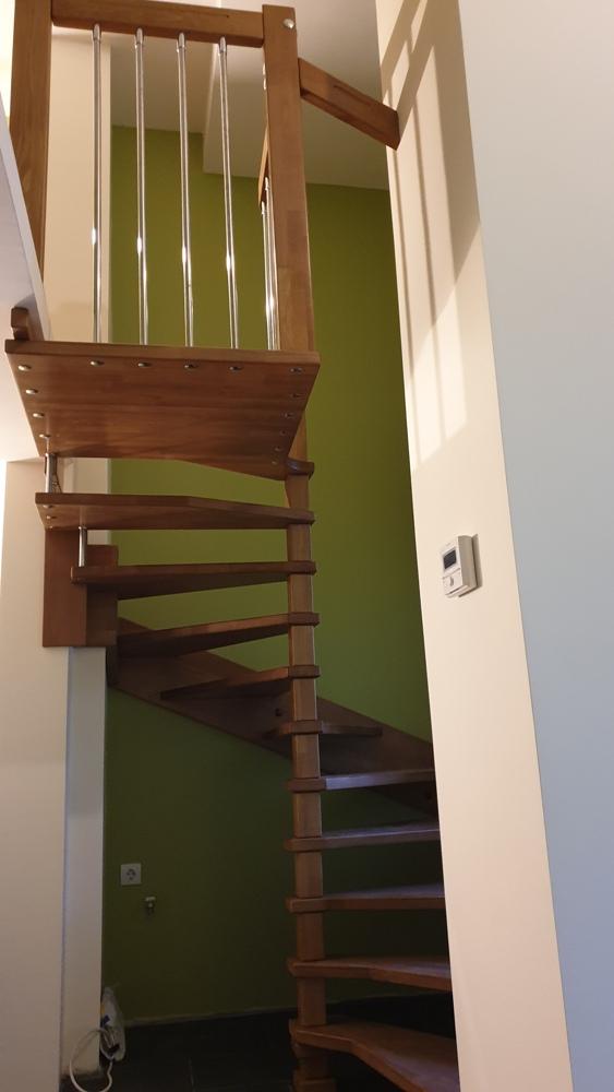 Интериорна дървена стълба ПРОЕКТ-105-2