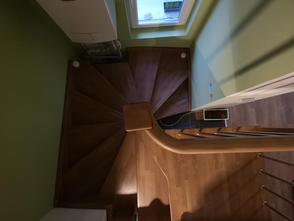 Интериорна дървена стълба ПРОЕКТ-105-1