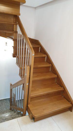 Интериорни дървени стълби – ПРОЕКТ-107-1