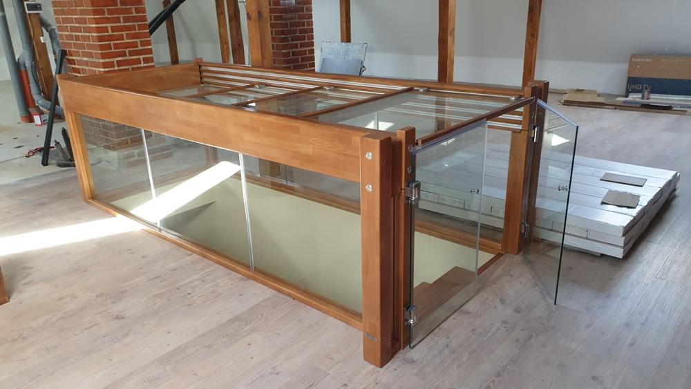 Стъклен парапет 48-2